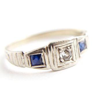 Antique 14K White Gold Diamond & Sapphire Ring - Art Deco 1920s Knuckle Baby Fine Jewelry / Blue Shoulders