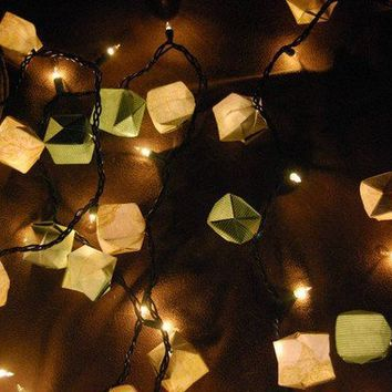 $18.00 Sea of Green Origami Box Lights by PadalTalula on Etsy