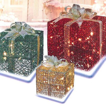 Gift Boxes Christmas Yard Art - 70 Clear Mini Lights