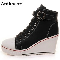 Leather Platform Sporty Wedge Shoe