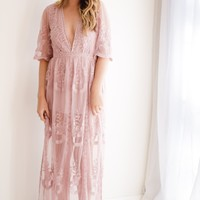 Gypsy Lace Maxi Dress | Blush