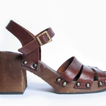 90s 70s Wooden Platform Sandals // Cage Leather Studded Sandal // Chunky Wooden Platform // Made In Italy // Size 39 EU 8 US