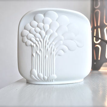 Modernist West German Matte White Porcelain Vase by Michaela Frey for Kaiser