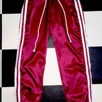 SWEET LORD O'MIGHTY! SILK KITTEN TRACKIEZ IN MAROON WHITE
