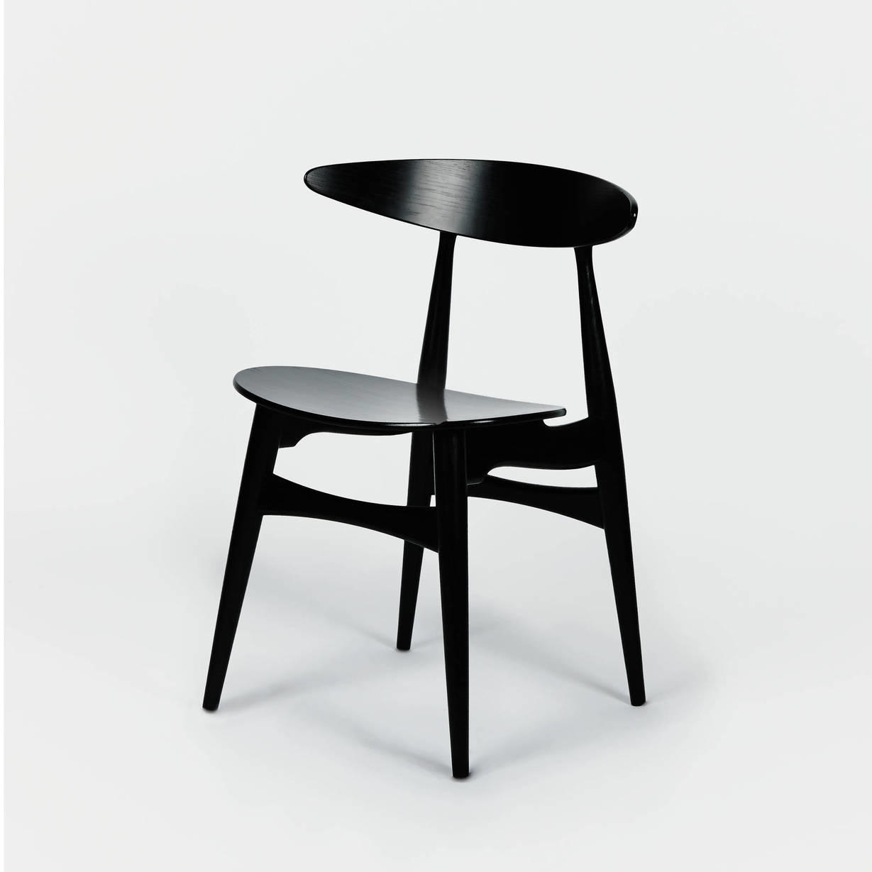 carl hansen hans wegner ch33 dining from the line urban prep. Black Bedroom Furniture Sets. Home Design Ideas