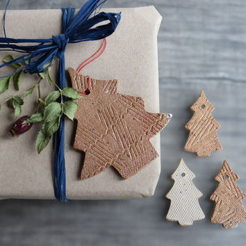 Christmas tree gift tag ceramic gift tag Christmas ornaments pottery home decor ecofriendly table decoration Set of 4 warm earth color