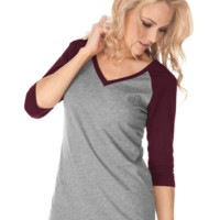 Block 3/4 Sleeve V-Neck Shirt