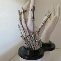 Metal, Skeleton Hand, Creepy, Eerie, Weird Hand, Mechanical Hand, Goth, Fantasy Fingers