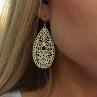 The Livy Earrings in Ivory