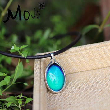 Mojo Unique Simple Classic Oval Crystal Mood Stone Color Changeable Real Black Leather Chain Pendant Necklace HOT MJ-SNK014