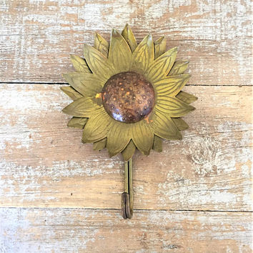 Wall Hook Sunflower Hook Flower Wall Hook Brass Hook Decorative Wall Hook Coat Hook Towel Hook Farmhouse Chic Wall Hook Cottage Chic Hook