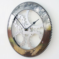 Drive Shaft II Modern Wall Clock (Large)