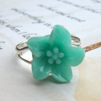 Mint Green Flower Ring Spring Trend Floral Resin Ring