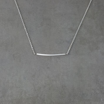 Bar Curved Silver Necklace