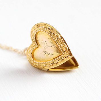 Vintage Heart Locket - 1940s Mid Century 10k Yellow Gold Filled Sweetheart Necklace - Love Pendant Charm Signed Stetson Chain Co. Jewelry