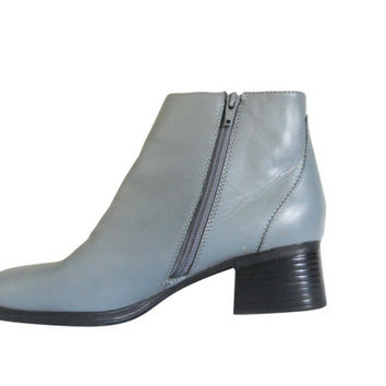 90s Boot Vintage Powder Blue Boot Chunky Heel Boot Women Shoe Size 9 Block Heel Boot Chunky Women Boot 90s Rave Boot Ankle Boot Fashion Boot