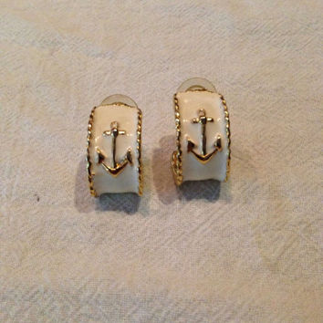 Vintage Nautical White Enamel Anchor earrings Painted Costume Jewelry Spring Summer