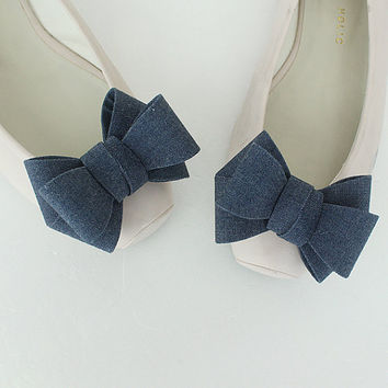 RIbbon denim Bridal Shoe Clips,Shoe Clips,Wedding Clips, Bridal Shoe Accessories,wedding shoes corsage,ribbon shoes clip,shoeclip,shoes clip