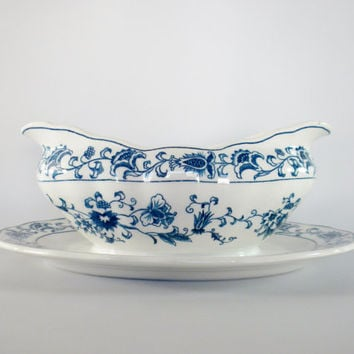 Double Phoenix, Ming Tree Pattern Ironstone Gravy Boat attached Plate, Dark Blue and White