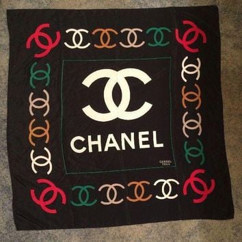 DCK4S2 Chanel Paris Silk Scarf Red Multi Colored Logo Vintage 32¡± X 32¡±