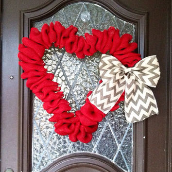 Valentines Wreath, Valentines Day Wreath, Burlap Heart Wreath, LARGE Burlap Heart Wreath, Valentines Day Decor, Chevron Bow, Spring Wreath
