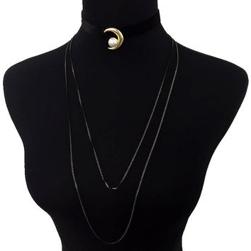 Moon and Pearl Velvet Layered Choker - Black