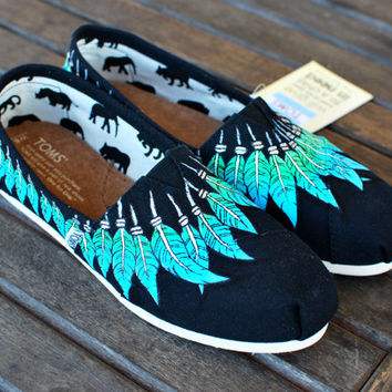 Handpainted Black Canvas Feather Moccasin TOMS