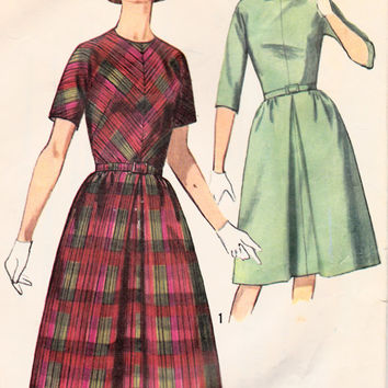 6a8997cbf SALE 1960s Misses Dress Mad Men Pullover Womens Vintage Sewing Pattern  Simplicity 5564 Bust 34