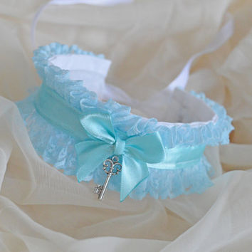 Key to the frozen heart - fairy kei kawaii cute lolita kitten pet play - blue and white lace collar