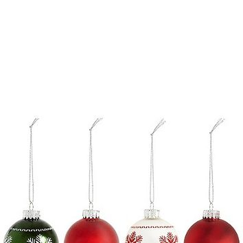 Set of 12 Luxury Glass Winterberry Baubles | Marks & Spencer London