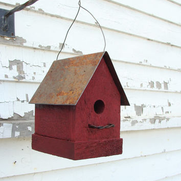 Rustic Red Birdhouse Old Farm & Country Cottage Industrial Home and Garden