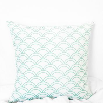 Scalloped Printed Pillow Case - Teal