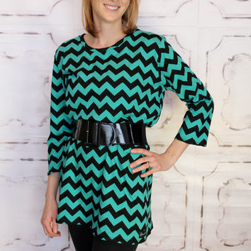 Timeless Tunic Relaxed fit in Teal and Black Chevron by GreenStyle