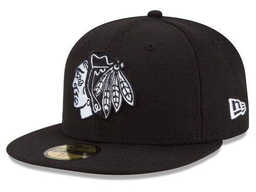 finest selection d419a 6b5d2 Chicago Blackhawks NHL Stanley Cup Champs from LIDS