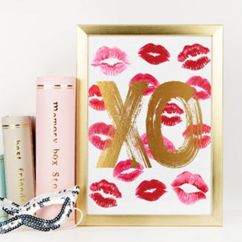 Kiss mark love print gold hugs and kisses 8.5x11 instant download printable romantic bedroom wall deco romantic gift lipstick mark xo lips x