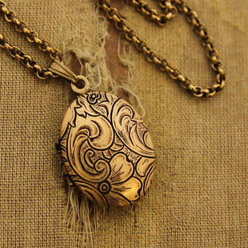 Tiny Oval Locket - Tapestry Design Gold Oval Locket Necklace - Gift For Her