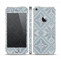 The Knitted Snowflake Fabric Pattern Skin Set for the Apple iPhone 5