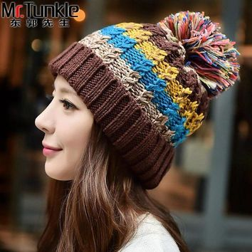 DCCKU62 FREE SHIPPING Winter Colourful Hat Women  Fashion Snapback Caps Hairball Hats Warm Ear Protection  Hat Swag Cap Beanie Skullies