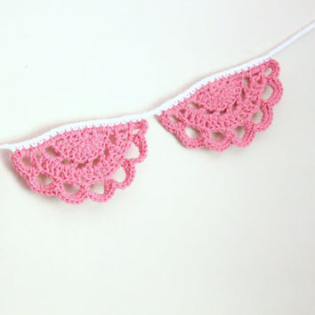 "50"" Crochet Doily Garland, Boho Garland, Pink Nursery Decor, Nursery Garland, Boho Dorm Decor, Pink Garland"