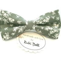Green Floral Bow Tie - Olive Green Bow Tie With White Flowers - Mens Bow Tie - Groomsman Bow Tie - Wedding Tie - Pocket Square