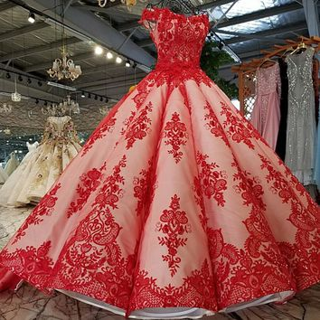 Luxury Embroidery wedding dress red bridal Short Sleeves sweetheart Lace Princess Gowns
