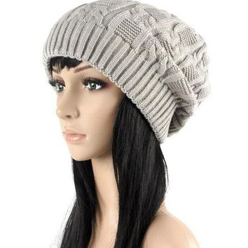 VONG2W 2016 Beautiful lovely Fashion warm autumn winter knitted hat women stripes Skullies Beanies South Korean version of the hat 5 co