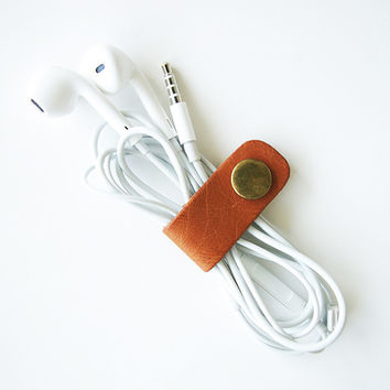 Genuine Leather minimalistic cable organizer in Tan