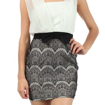Sleeveless Chiffon Inner Tank Top Lined Lace Bottom 2-Fer Mini Cocktail Dress