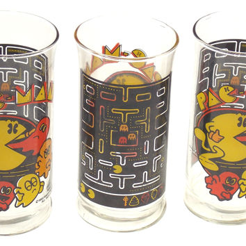 Set of 3 Pac-Man Ghosts Themed Drinking Glasses 1982 Bally Midway Mfg Video Game