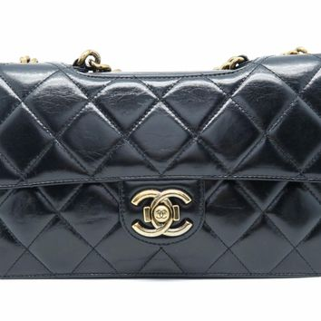 Chanel Quilted Calfskin Leather GHW Chain Shoulder Tote Bag Black 1054