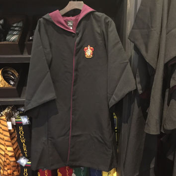 Universal Studios Wizarding World Harry Potter Gryffindor Robe New XS Tags