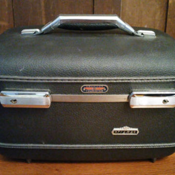 Vintage Grey American Tourister Tiara Train Case Cosmetics Case With Tray Luggage Mid Century Hardside Suit Case