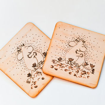 The Moomin Wooden  Coaster   - Woodburned Wood Coaster  - Pyrography Romantic Coaster