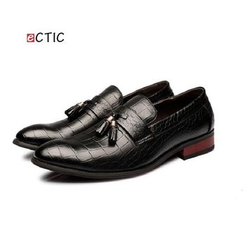 2017 Luxurious Delicate Italian Poninted Toe Penny Loafer Classic Elegant Formal Derby Dress Calcado Masculino Handsome